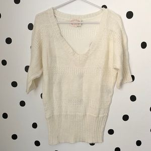 🌈5/$25🌈Ambiance off white v neck sweater size L
